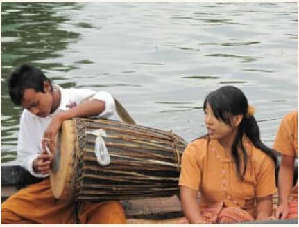 Attire in Myanmar